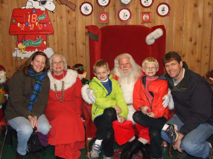 Visiting Santa Dec 2013 (22)